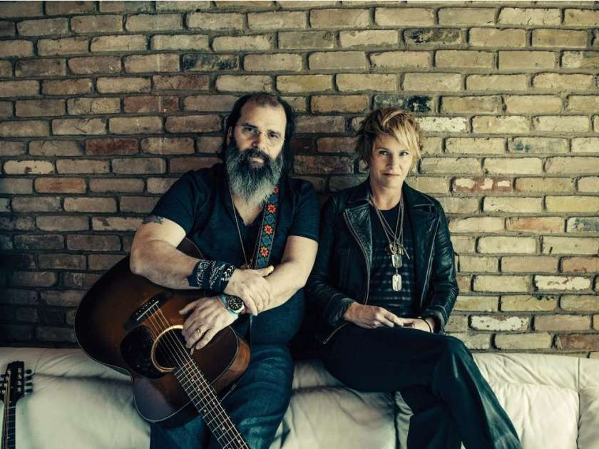 steve-earle-and-shawn-colvin-will-perform-at-the-vogue-theat